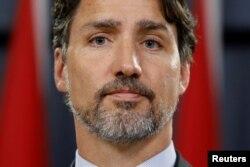 Kanadanın baş naziri Castin Trudo