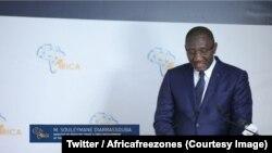 """Le ministre ivoirien du Commerce et de l'Industrie Souleymane Diarrassouba à l'ouverture des rencontres des """"Zones économiques africaines"""", auxquelles participent 30 pays du continent, à Abidjan, 22 septembre 2018. (Twitter/Africafreezones)"""