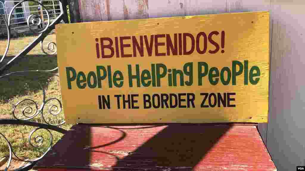 El objetivo de su grupo, afirmó, es evitar que entren personas de manera irregular a Estados Unidos. [Foto: Celia Mendoza]