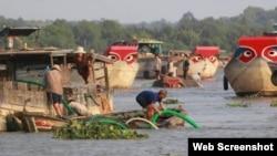 Khai thác cát trên sông Đồng Nai (Ảnh ATGT)