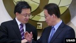 류전민 중국 외교부 부부장(왼쪽)과 이경수 외교부 차관보가 21일 한국 외교부에서 외교회담을 가졌다.