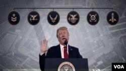 پرزیدنت ترامپ دستور تشکیل نیروی فضایی را پیشتر صادر کرده است