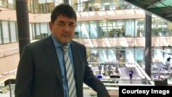 """""""Ozodlik"""" radiosi jurnalisti Shuhrat Bobojon"""
