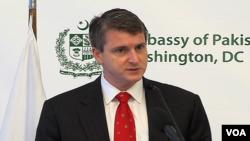 ڈین فیلڈ مین افغانستان اور پاکستان کے لیے امریکی محکمہ خارجہ کے ڈپٹی نمائندے
