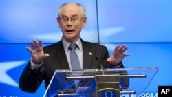 Chủ tịch Hội đồng Âu châu Herman Van Rompuy nói chuyện tại cuộc họp báo tại Brussels hôm thứ sáu (14/12/2012), sau cuộc họp thượng đỉnh của Liên hiệp Âu châu