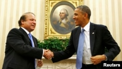 """""""Ishonamizki, Pokiston xavfsiz va farovon yashasa, bundan nafaqat shu davlat, balki mintaqaga ham, dunyoga ham birday foyda"""", - dedi prezident Obama bosh vazir Navoz Sharifni qabul qilar ekan."""