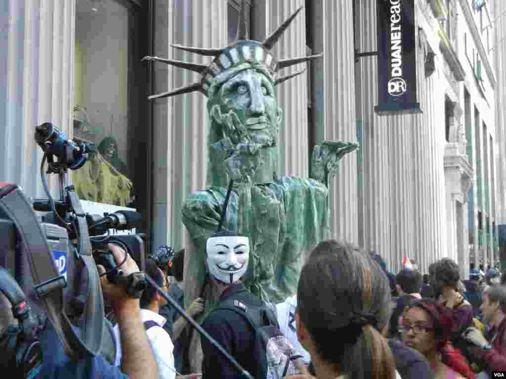 Годовщина движения «Захвати Уолл-стрит» в Нью-Йорке