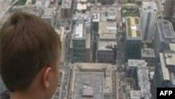 Стеклянные балконы над Чикаго