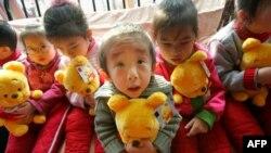 Trẻ em mồ côi ở Trung Quốc
