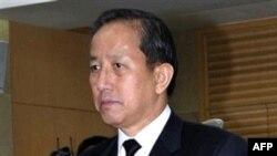 Bộ trưởng Quốc Phong Kim Tae-young vừa từ chức