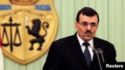 Thủ tướng Tunisia Ali Larayedh phát biểu tại buổi họp báo sau cuộc gặp với Tổng thống Tunisia Moncef Marzouki ở Tunis, 7/3/2013.