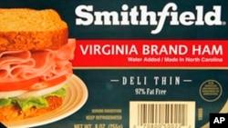 美國史密斯菲爾德食品公司的肉制品在里士滿一家食品店出售