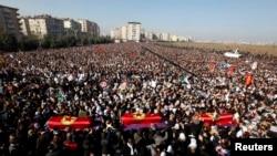 Öldürülen PKK Üyelerinin Cenaze Töreni Olaysız Geçti (Fotogaleri - tıklayın)