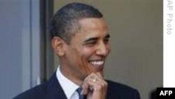 TT Obama thăm trung tâm thanh thiếu niên nhân mùa Giáng Sinh