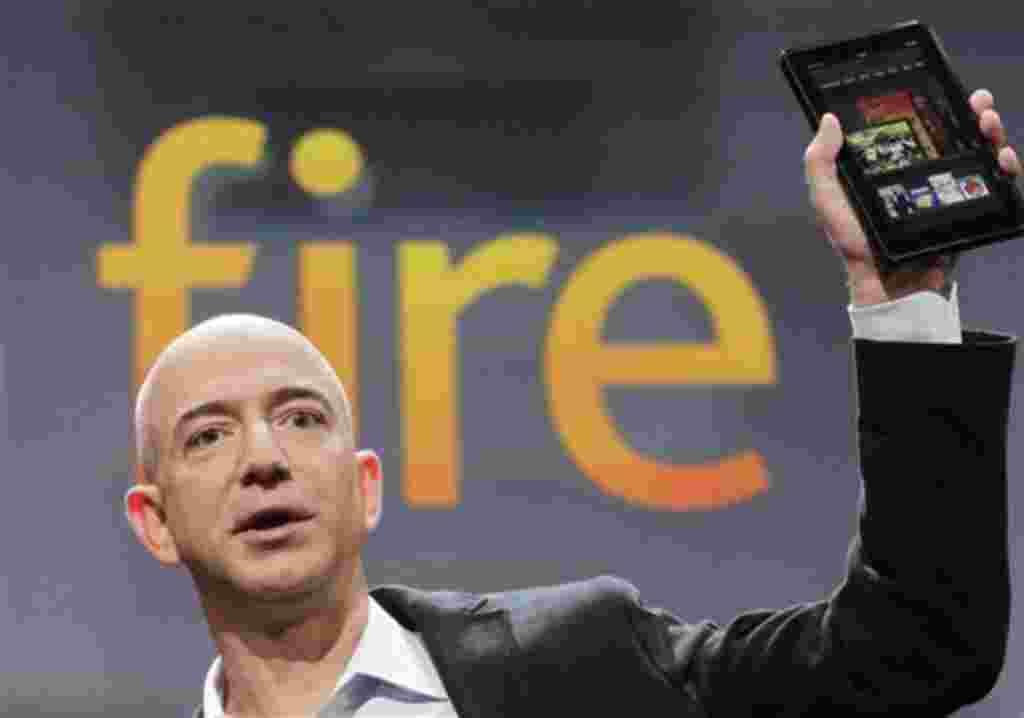 """El tablet """"Kindle Fire"""" tiene 17.78 cm y pantalla táctil multicolor."""