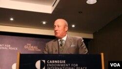 卡內基和平研究所副總裁包道格(美國之音 鍾辰芳拍攝)