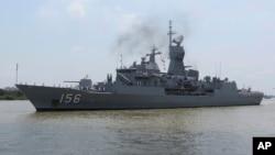 """2018年4月19日,澳大利亞海軍的""""澳新軍團號""""護衛艦停靠在越南胡志明市的西貢港。這艘軍艦和另外兩艘澳大利亞軍艦在訪問越南途中曾在有爭議的南中國海受到中國軍艦挑戰。"""