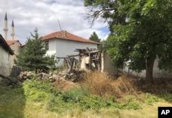 Boris Consonun ulu babasının Kalfatda yaşadığı evi