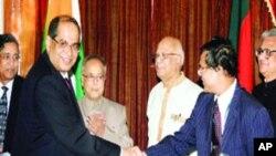 هند بنگلدیش ته یو میلیارد ډالر پور ورکوي