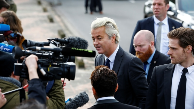 Splintering of Dutch Politics Augurs Instability After Election