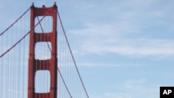 旧金山的地标金门大桥