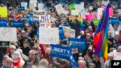 La ley de Indiana ha generado fuerte rechazo en activistas anti-discriminación.
