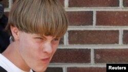 Dylann Roof, de 21 años de edad, fue arrestado 13 horas después de la massacre en Charleston, Carolina del Sur.