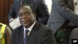 Emmerson Mnangagwa a été nommé vice-président mercredi 10 décembre 2014 lors du congrès de la Zanu PF à Harare, Zimbabwe.