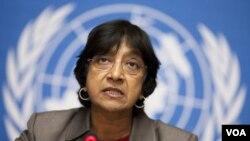 Kepala Urusan HAM PBB Navi Pillay menyerukan penyelidikan independen atas serangan militer Irak.