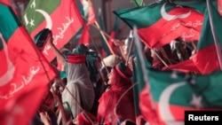 پاکستانی تاریخ میں طویل ترین دھرنہ برسر اقتدار پاکستان تحریک انصاف نے بطور اپوزیشن جماعت 2014 میں اسلام آباد میں دیا۔ (فائل فوٹو)