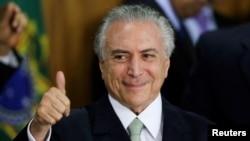 Penjabat Presiden Brazil Michel Temer di Istana Planalto, Brasilia (12/5). (Reuters/Ueslei Marcelino)