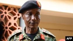 Uwahoze akuriye Igipolisi cya Uganda Gen. Kale Kayihura