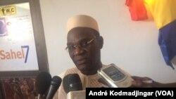Djimet Arabi, ministre tchadien de la Justice. (VOA/André Kodmadjingar).