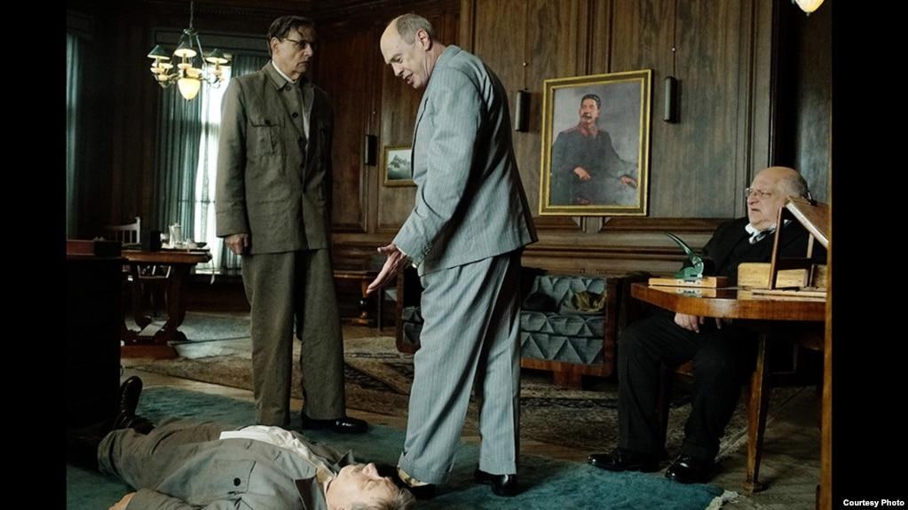 Фильм «Смерть Сталина» появился на русском языке на всех торрентах... Отзыв...