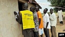 Dân Sudan đăng ký để đi bỏ phiếu