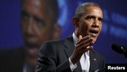 Presiden Barack Obama mengecam kekerasan senjata api dalam pidatonya di San Francisco, 19 Juni 2015.