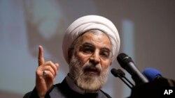 آرشیف: رئیس جمهور ایران هشدار داده است که هرگاه تعزیرات جدید بر آن کشور وضع گردد، تهران اقدام مشابه را روی دست خواهد گرفت