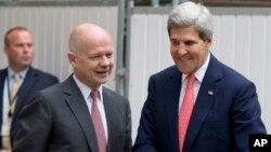 Держсекретар Джон Керрі зустрічається у Лондоні з міністром закордонних справ Вільямом Гейґом