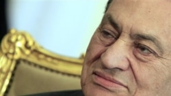 حسنی مبارک در خصوص فساد و کشتار معترضان احضار شد
