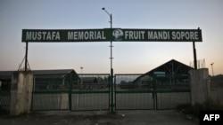 A picture of the closed Mustafa Memorial Fruit Mandi, a wholesale fruit market, in Sopore, north Kashmir, September 13, 2019. Picture taken September 13, 2019. REUTERS/Francis Mascarenhas