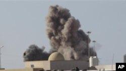 지난 3월 가다피 친위부대의 공격을 받는 라스 라누프