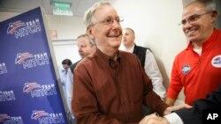 El senador republicano por Kentucky, Mitch McConnell, está optimista de llegar a conseguir la mayoría en el Senado.