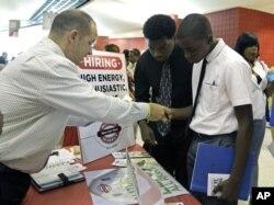 미국 플로리다주 선라이즈에서 열린 취업박람회.