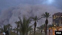 La feroz tormenta de arena sorprendió a los 1,5 millones de habitantes de Phoenix.