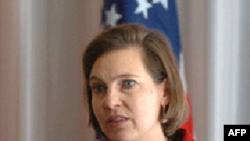 Nữ phát ngôn viên Bộ ngoại giao Mỹ Victoria Nuland