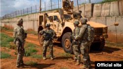 Arhiva - Vojnici SAD tokom patrole u Somaliji, decembra 2019. (Nick Kibbey/U.S. Air Force)