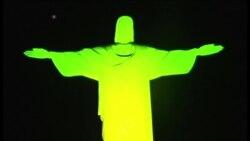 JO 2016 : le Christ Rédempteur illuminé aux couleurs du Brésil
