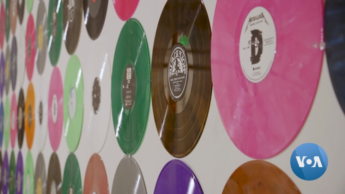 Vinyl Records Are Back, and So Are Record Pressing Plants