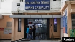 FILE PHOTO: The burns casualty ward of a hospital where a 23-year-old rape victim, who was set ablaze by a gang of men, including the alleged rapist, is being treated, is pictured in New Delhi, India, December 6, 2019. REUTERS/Adnan Abidi/File Photo