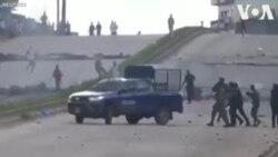 Polisi muri Guinea Yahanganye n'Abiyerekana